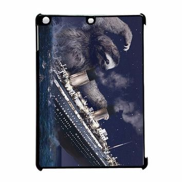 Titanic Sloth 2 iPad Air Case