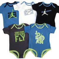 Nike Jordan Baby Lap Shoulder Bodysuit 5 PCS Layette Set (9-12 MONTHS)