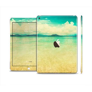 The Vintage Vibrant Beach Scene Skin Set for the Apple iPad Air 2