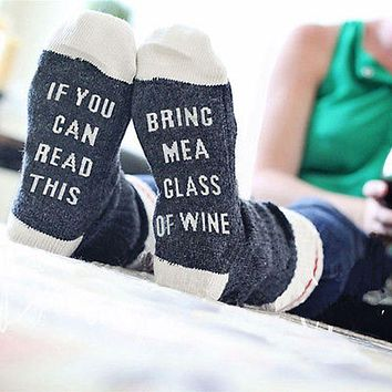 If You Can Read This Bring Me A Glass Of Wine - Women's Socks
