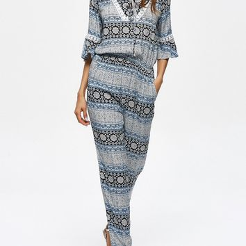 Streetstyle  Casual V-Neck  Printed  Slim-Leg Jumpsuit With Bell Sleeve