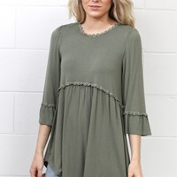 Back Zip 3/4 Sleeve Babydoll Tunic {Olive}