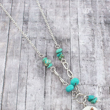 TURQUOISE BEAD AND WORN TWO-TONE CROSSED ARROW PENDANT NECKLACE