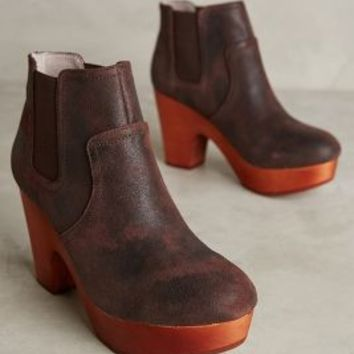 Farylrobin Cadby Booties in Brown Size: