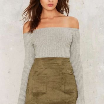 Barrett Off-the-Shoulder Ribbed Top - Gray