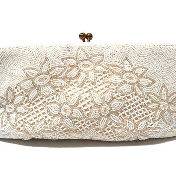 Vintage Beaded Bag, Clutch Purse, Evening Bag, Walborg 1950s, 2 Tone, White and Clear, Daisy Floral Design, Wedding Purse