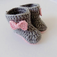 Baby Girl Booties, Baby Boots, Pink and Gray Baby Shoes, Newborn Booties