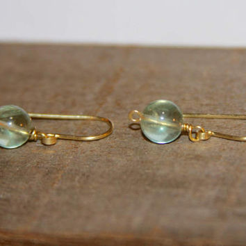 Fluorite Earrings in 14k Gold Filled. Green Fluorite Earrings. Natural Stone Jewelry, Short Drop Earrings, Delicate Handmade Earrings