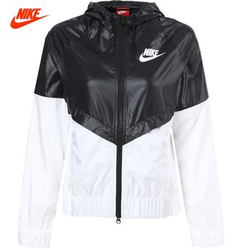 Nike Women's Coat Summer Sports Windbreaker Hooded Jacket Windrunner Fast Dry 804948-010