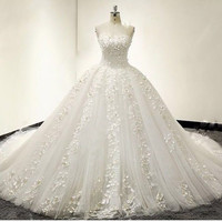 Romantic Wedding Dress 2017 Bridal Gown Sweetheart off Shoulder Sexy Backless Court Train Bride Dress White Plus Size Au00092