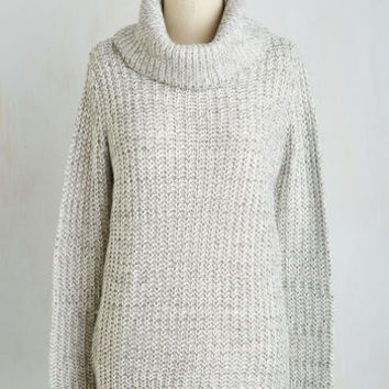 Minimal Mid-length Long Sleeve Recipe Club Sweater in Salt