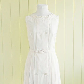 Vintage 1960s dress white cream by Bobbie Brooks by BessGeorgette
