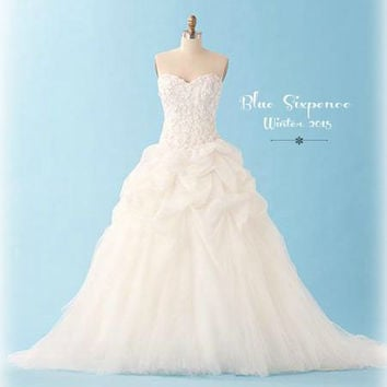 Snowflake * Custom Handmade Lace Wedding Dress * Winter 2015