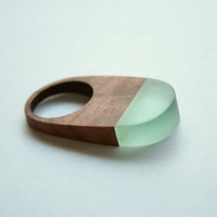 Ring made from Australian wood (Red Gum) and light blue resin ( 16mm dia size K, size 5,5)