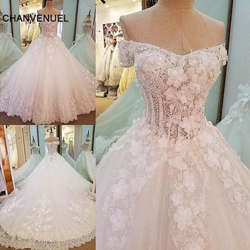 LS0008 gorgeous bridal gown ball gown 3D flowers lace bridal gowns with long tail vestidos de noiva 2017 real photos