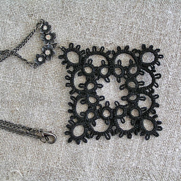 Tatted Lace black pendant, Tatting, shuttle, Frivolite, Handmade, Jewellery, pendant, Fibre, Necklace, Goth, steampunk,  Womens lace