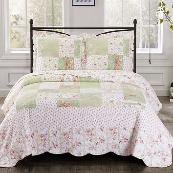Upland Oversized Bed Quilt Set Floral Prints