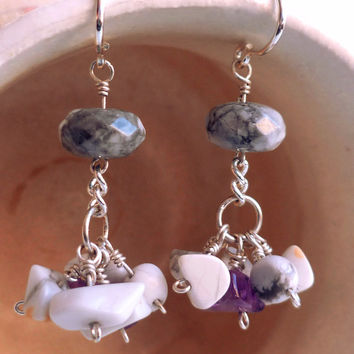 Amethyst cluster earrings - Bohemian clusters - Howlite earrings - Birthstone earrings - Sterling silver earring - Bridal jewelry - Gemstone