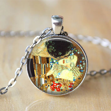 Gustav Klimt The Kiss Necklace Pendant by PearlysPoshPendants