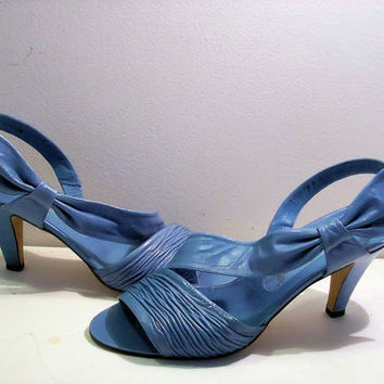 Vintage Julianelli Blue Bow strapy sandals by cashmerevintage