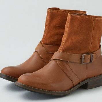 AEO Women's Wolverine Ankle Boot (Cognac)