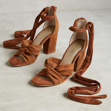 Lien.Do by Seychelles Seville Knotted Heels