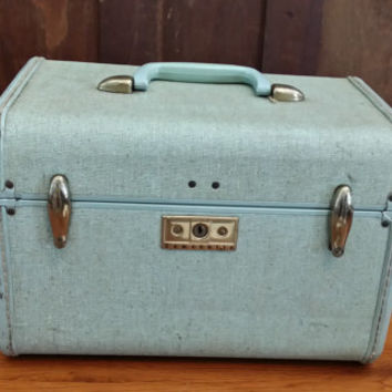 Vintage Light Blue Samsonite Train Case Cosmetics Case Luggage Mid Century Hardside Suit Case