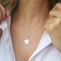 Silver star necklace, Silver charm necklace, Layering necklace, Fashion necklace, Star pendant necklace, Silver statement necklace