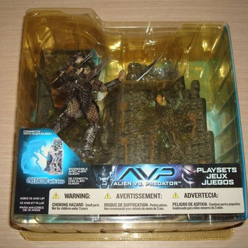 McFarlane Toys Alien vs Predator Predator With Base Ver Trading Figure Play Sets