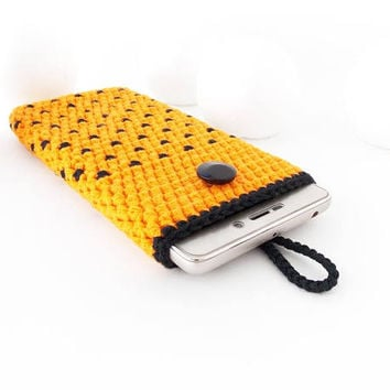 Orange Google Pixel 2 sock, Halloween iPhone X sleeve, Moto X4 pouch, polka dot Samsung A5 cover, vegan iPhone 7 case, S8 sock, Honor 9 cozy
