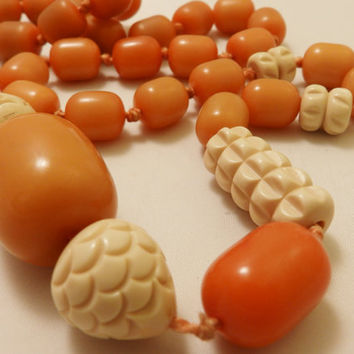 Vintage Long Length Carved Butterscotch Bakelite Beads Necklace
