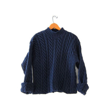 vintage chunky sweater. cable knit sweater. cropped sweater. navy blue pullover.