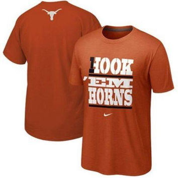 Texas Longhorns Hook Em Horns Nike t-shirt NWT NCAA new with tags Big 12 UT