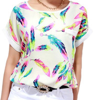 Women Feather Printing T-shirt