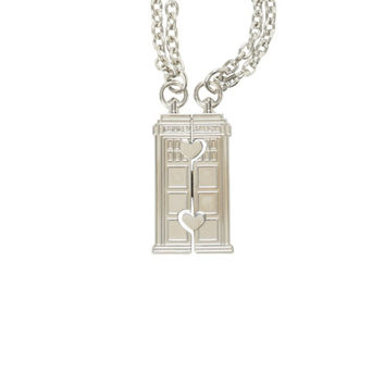 Doctor Who TARDIS Best Friends Necklace Set