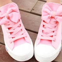 Pink Bow Canvas Shoes from Fanewant