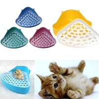 High Qulity Pet Cat Rabbit Pee Toilet Small Animal Hamster Guinea Pig Litter Tray Corner Pet Litter Training Tray