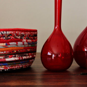 Multicolour Bohochic Basket, Christmas Decor Basket, Red Modern Basket/Bowl, Xmas Standout Piece