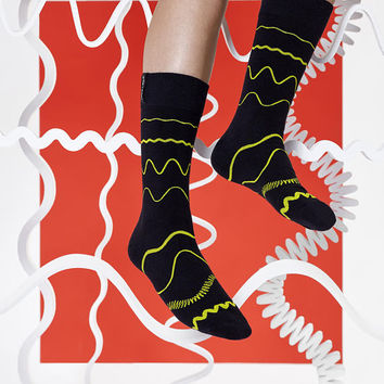 LØVE + FUN Socks First Season - Flowy Lines Black/Yellow