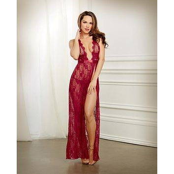 Lace Gown & G-string Garnet