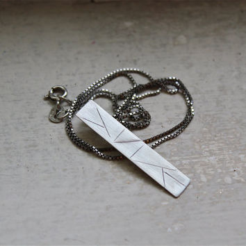 Linear Pattern Silver Pendent
