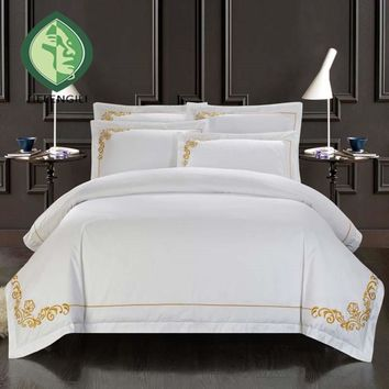 100% cotton Embroidery luxurious hotel bedding sets 4pcs queen king bedlinen bedclothes whitel comfortable sheet