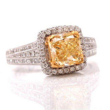 EIFFEL TOWER - 4.00 ct Fancy Yellow Diamond 18K Gold Engagement Ring 2.16 center Princess cut - Bp025