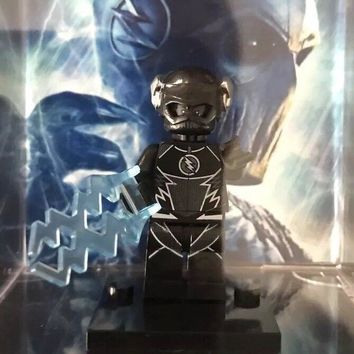 Zoom Black Flash Super Hero Lego Minifigure With Cube Case & Comic Art