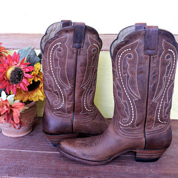 Vintage ariat boots / size 6 / womens brown ariat ATS boots / 6B / cowboy roper boots / SunnyBohoVintage