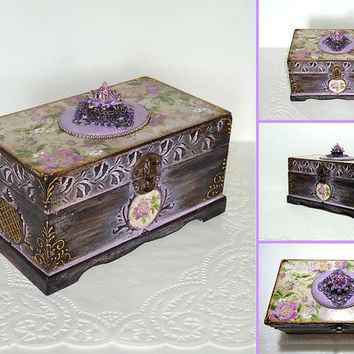 Hand Decorated  Box, Antique Jewelry Box, Violet patina box, Distressed purple Box, Trinket Box, flower pattern, hand painted box, decoupage