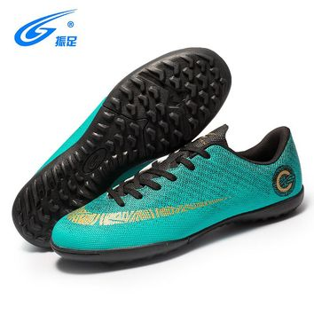 ZHENZU New Football Boots Soccer Shoes Men Superfly Cheap Football Shoes For Sale Kids Cleats Indoor Soccer Shoes Chuteira