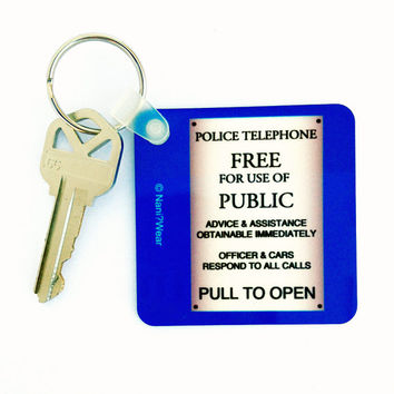 "Doctor Who TARDIS Square 2.25"" Keychain: Police Box Sign"