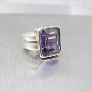 Alan Faye Paris Ring, Sterling Silver Amethyst Modernist Ring. French Designer Jewelry. 23.8 Grams