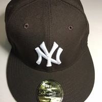 NEW YORK YANKEES MLB RETRO NEW ERA 5950 BROWN HAT WHITE NY FITTED HAT